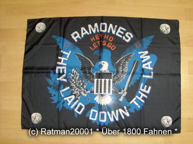 RAMONES - POS 770 - 75 x105 cm